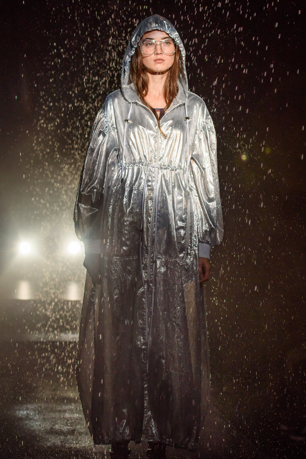 Blame it on the rain - A true feat of fashion show special effects, the D-VEC Spring 2018 show featured an actual rainstorm on the runway.