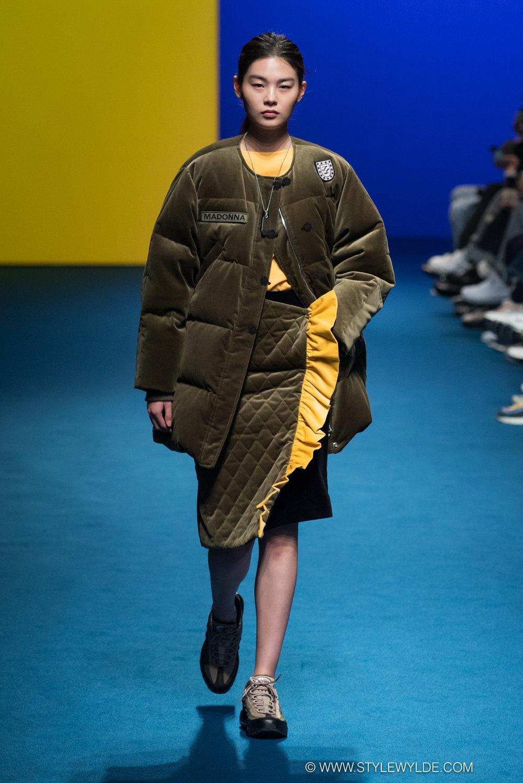 CynthiaHopeAnderson-HeraSeoul FashionWeekAW18-Fleamadonna-6.jpg