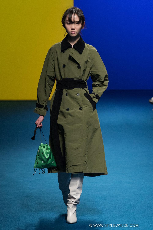 CynthiaHopeAnderson-HeraSeoul FashionWeekAW18-Fleamadonna-7.jpg