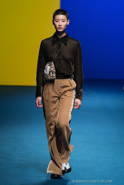 CynthiaHopeAnderson-HeraSeoul FashionWeekAW18-Fleamadonna-32.jpg