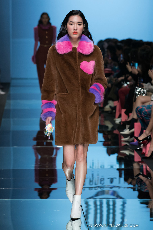 CynthiaHopeAnderson-HeraSeoul FashionWeekAW18-Lang&Lu-25.jpg