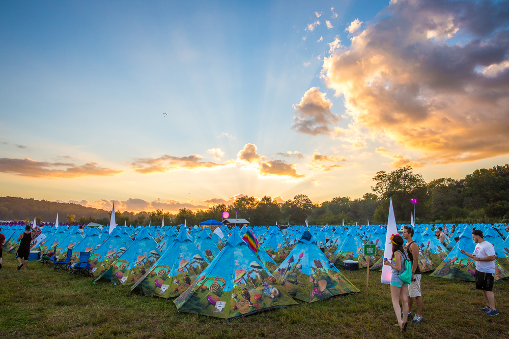 TMW13_Dreamville_Tents_VIP_Overview_12.jpg