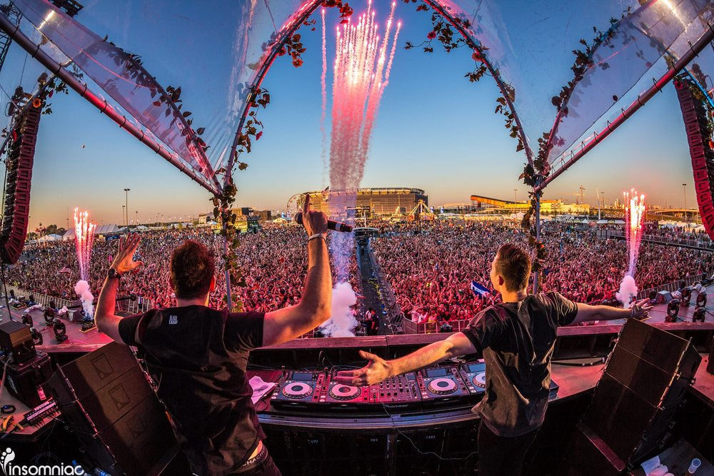 Photo Credit:  Insomniac Photography   |   (EDC) Electric Daisy Carnival   | W&W
