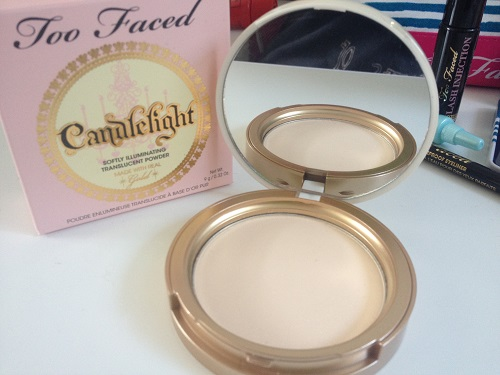 This pretty highlighter powder with gold shimmer particles is best used as a highlighter unless you wanna look like Tinkerbell farted on your face. Just sayin'.