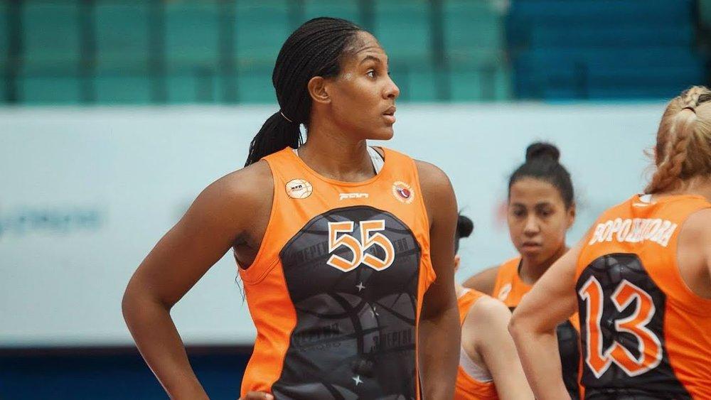 "Ashley Paris  ,  F/C   Height: 6'3"" (191 cm) Born: Sept 21, 1987 Hand: Right Univ.:  Oklahoma Draft: WNBA, 22nd pick Exp:   10 years Last: Mersin (Turkey)"