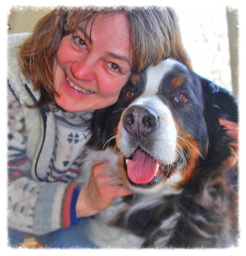 Professional dog mom - dog sitter Hedy and her son Gumpy, Bernese mountain dog.