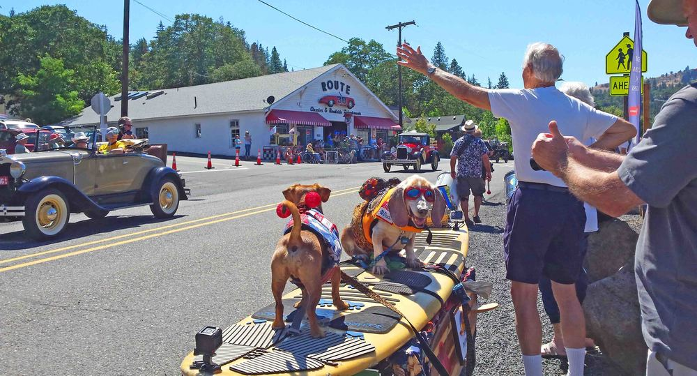 Mosier community parade July 23, 2016 - a celebration of life and all we hold dear.