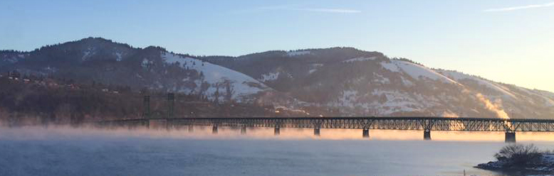 The bridge over the mighty Columbia River in Hood River, OR.      Photo: John Mann