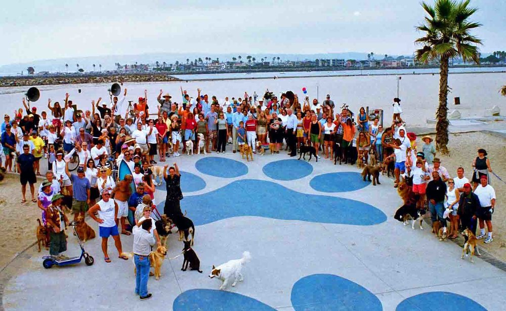 The Dog Beach community made this place what it is. Dedication of OBTC improvements in 2003. Photo: (c) Barb Ayers, DogDiary.org