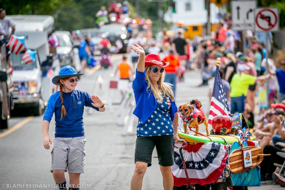Doodle and our next door neighbor Kelsey and I - July 4, 2018 Hood River parade.                Photo: (c) Blaine Franger, BlaineBethanyGallery.com