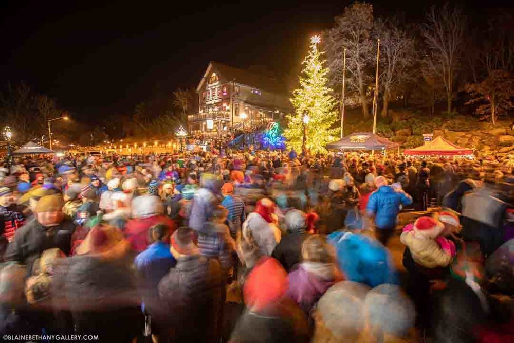 All the Whos in Who-Ville. Hood River Christmas parade & Tree Lighting 12/7/2018. Photo: (c) Blane Franger, BeautifulHoodRiver.com