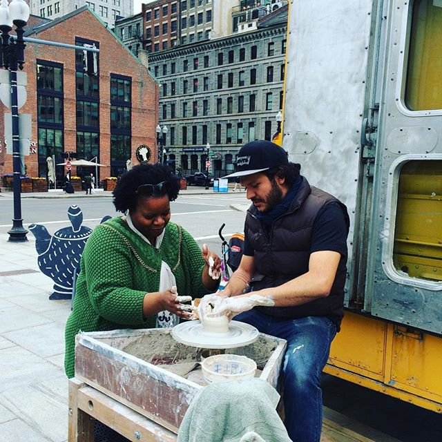Throwing lesson with @salvadorjimenezflores at the Rose Kennedy Greenway this afternoon #pow @thesocietyofcrafts #community