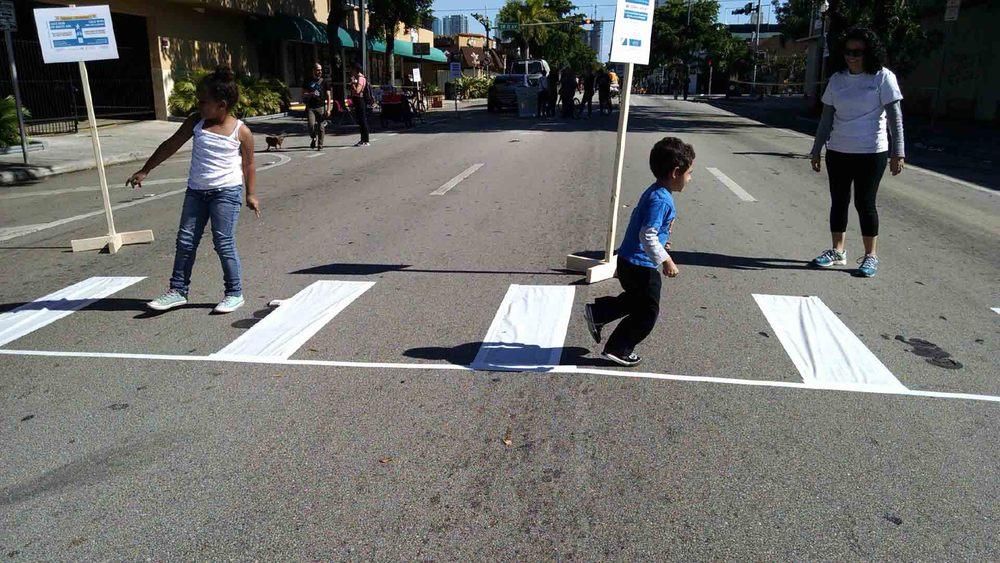 ped xwalk kids.jpg