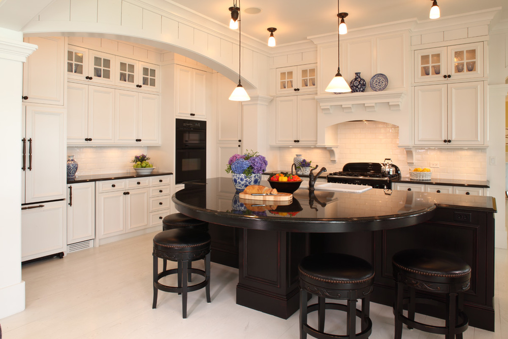 Steen Cabinets white Black Kitchen