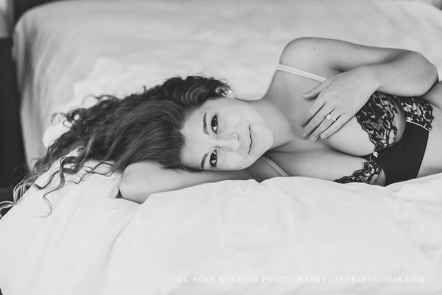 Austin Boudoir Photographer-15.jpg