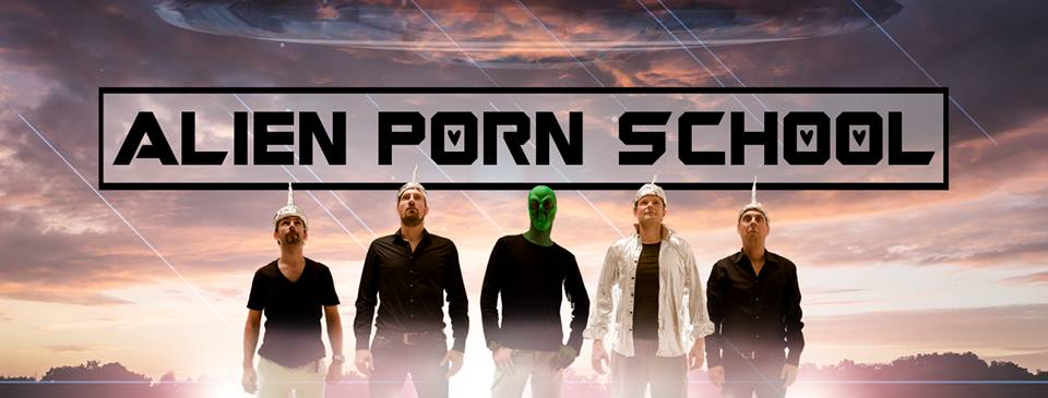 alien porn school.jpg