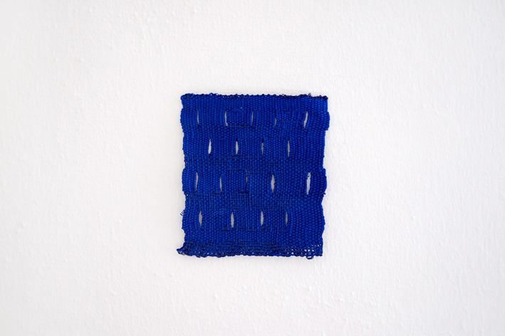 Izziyana SUHAIMI, Small Studies of an Everyday Practice, Blue Slits, 2014, Cotton Thread, 11 x 10 cm.jpg