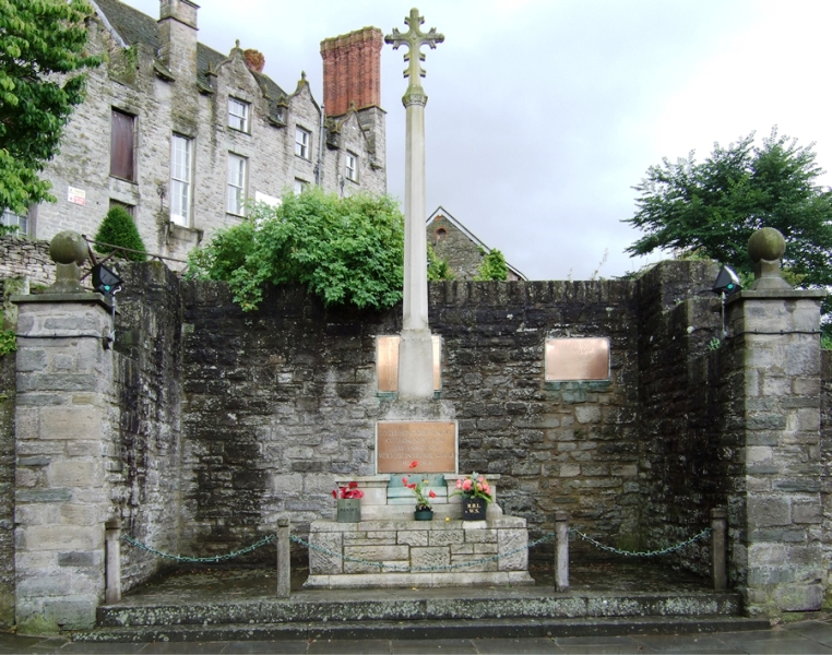 War Memorial, Hay-on-Wye. Photo Eric Pugh