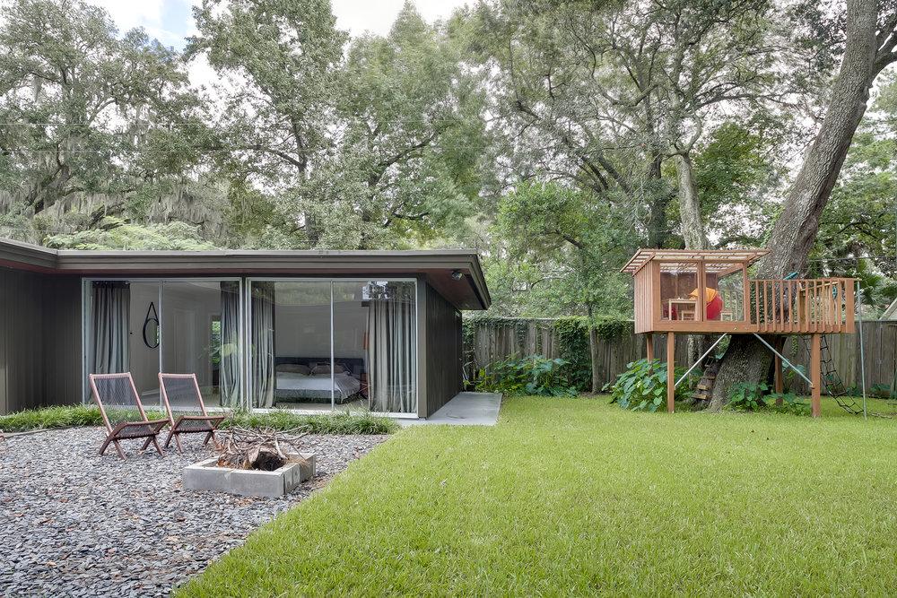 Savannah Mid-Century Modern (34 of 40).jpg