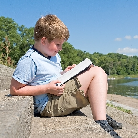 Encourage Your Children To Read >> Encouraging Your Children To Read The Bible 6 Options For Any Age