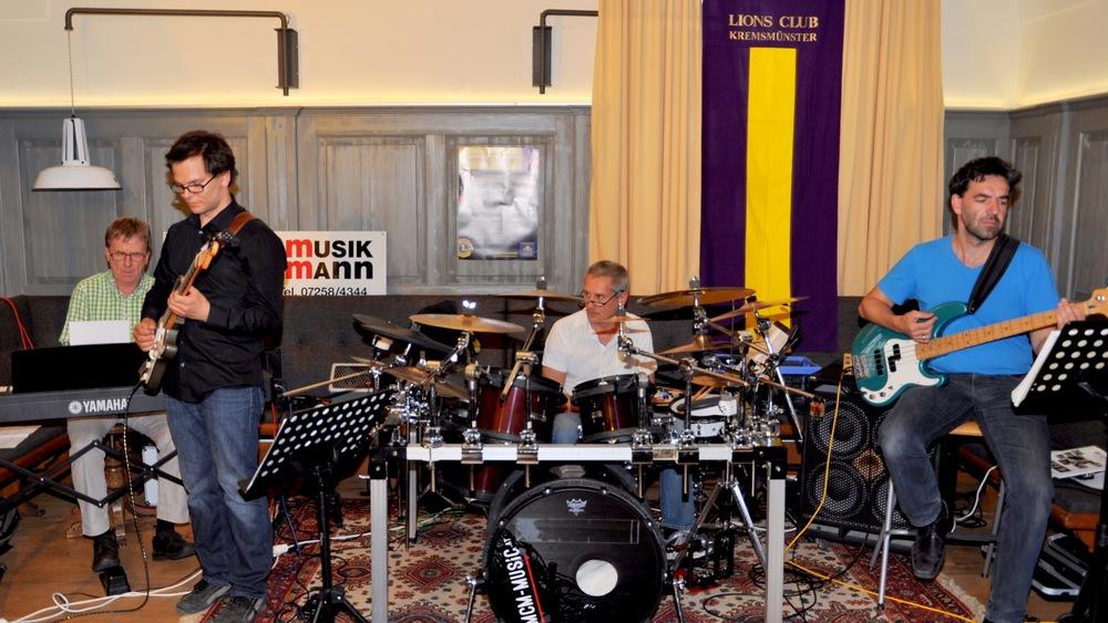 V.L.: M. PUNZ, J. PEER, J. RESL, G. SCHRETTLE (Foto: Josef Macsek 2013)