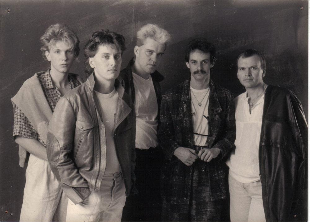 V.L.: C.BANKHAMMER - JOE RESL - E. TRÖBINGER - M. KRAUSZ - A. RADOVAN (1986)