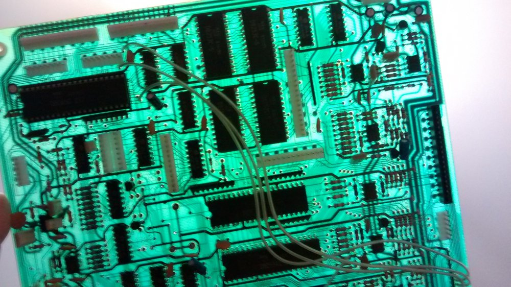 La CPU Board al trasluz