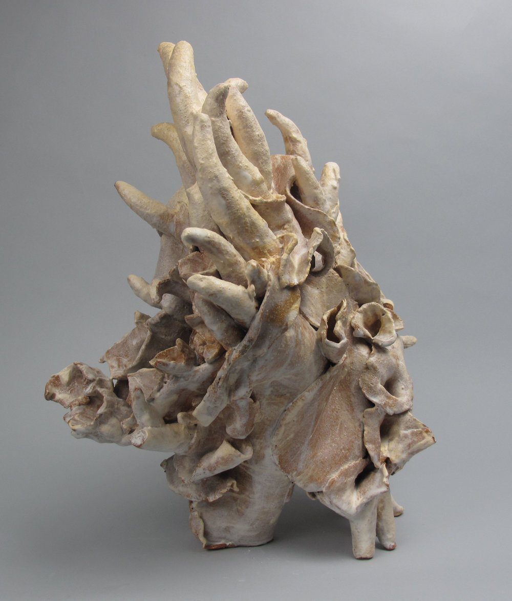 Sara Fine-Wilson,  Fragment , clay, 12x14x14
