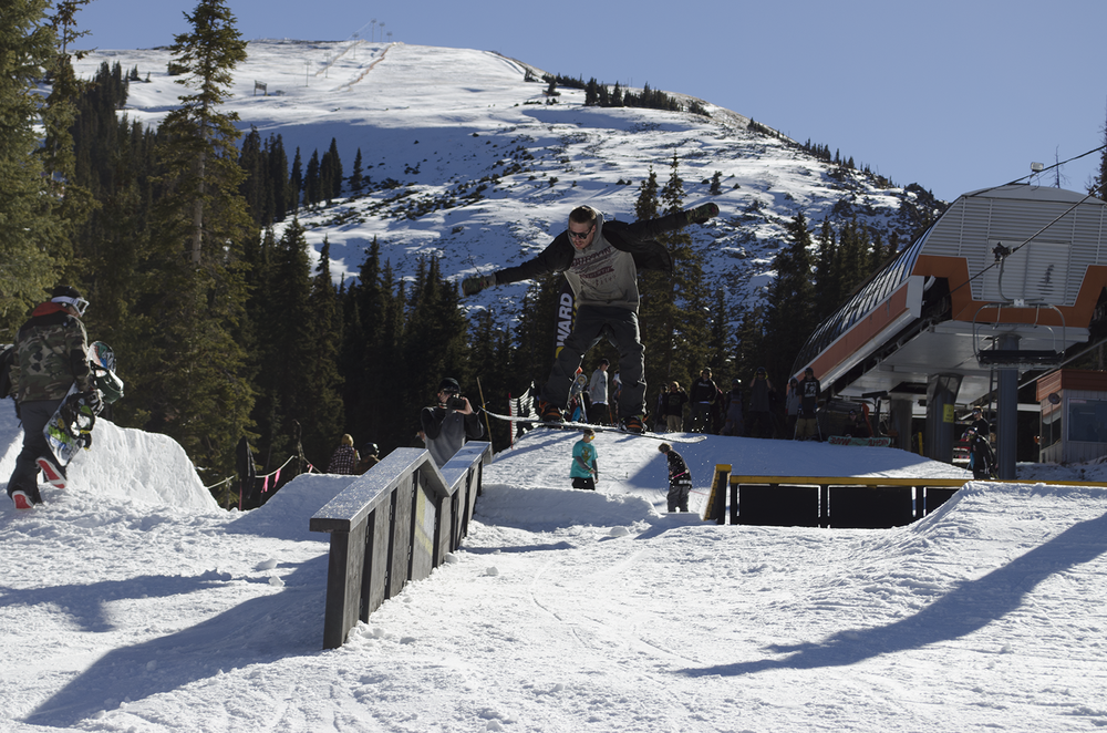 Austin Julik-Heine goes for the gap.