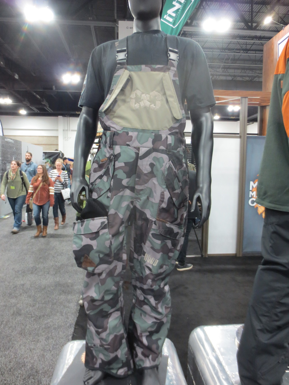 Camo isn't going anywhere. iNi bibs.
