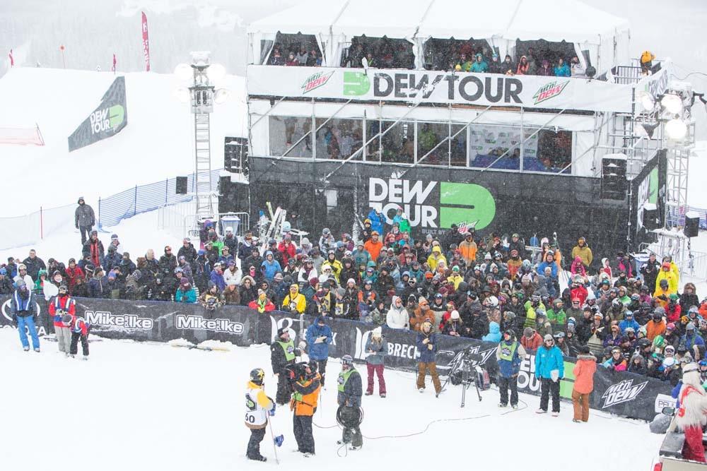 Men's Snowboard Superpipe | Dew Tour Breckenridge