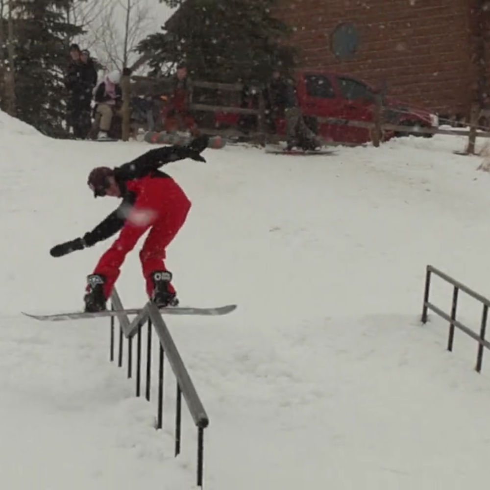 US SNOWBOARDING COPPER GRAND PRIX REDS BACKYARD Snowboard - Backyard snowboarding