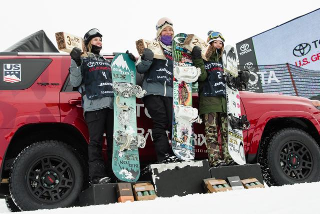 Women's Slopestyle Podium L to R: Julia Marino, Jamie Anderson, Hailey Langland | P: U.S. Snowboarding