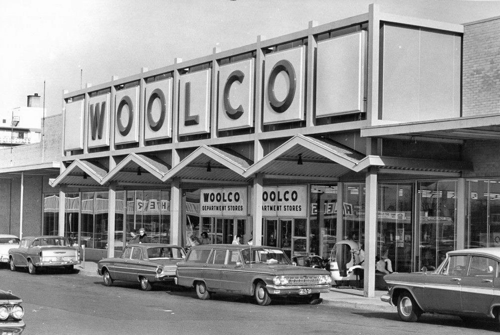 Woolco Department Store. This is a picture of the Hamilton store. There was no parking directly in front of the Brantford store. Note the zigzag canopy at the entrance to the store, this design feature was very popular in the 1960s. Woolco opened their first store in Columbus, Ohio in July-1962. Six more stores were opened in 1962, two in the U.S. and four in Ontario - Sudbury, Hamilton, Windsor, and Brantford. The first Canadian store opened in Sudbury. The Brantford store was the company's fourth.  Image courtesy of the Brant Historical Society