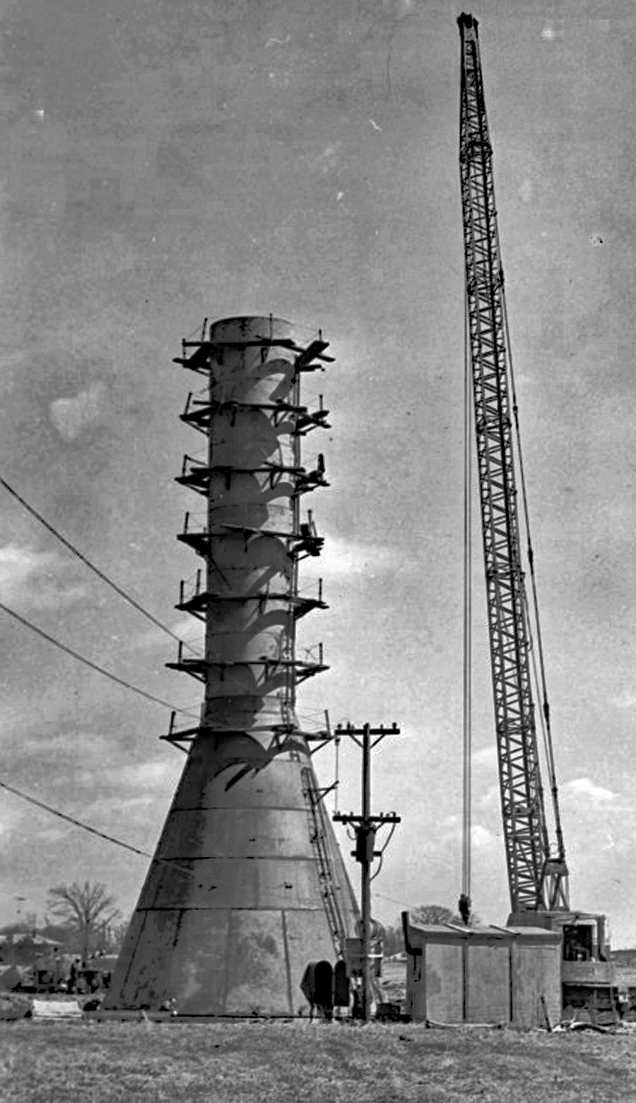 Construction of the water tower in the City's north end, behind St. Pius X School.  Image courtesy of the Brant Historical Society