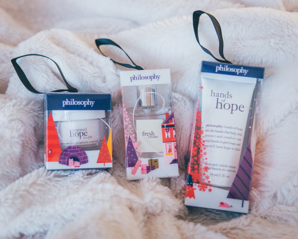 Philosophy - Holiday OrnamentsSurprise & delight with sample sizes of some of Philosophy's favorite products.