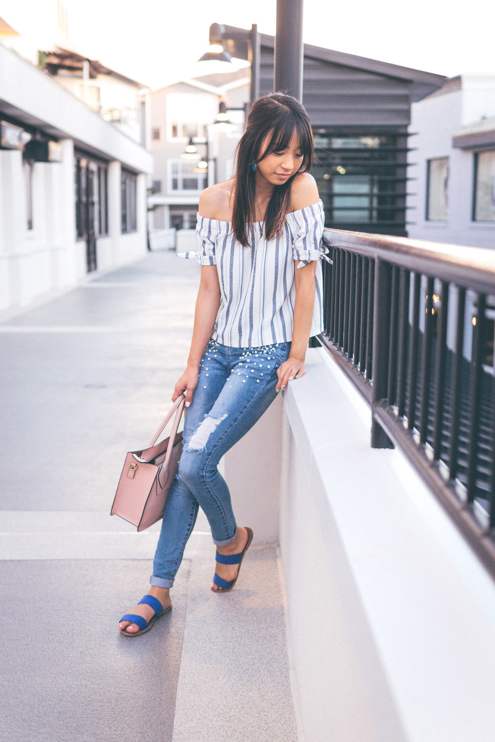 This Jenn Girl - Tampa Blogger - Pearlized Jeans 1