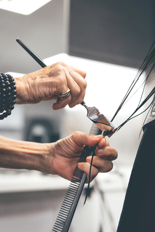 This Jenn Girl - Tampa Blogger - Salon Inga Calligraphy Hair Cut 5