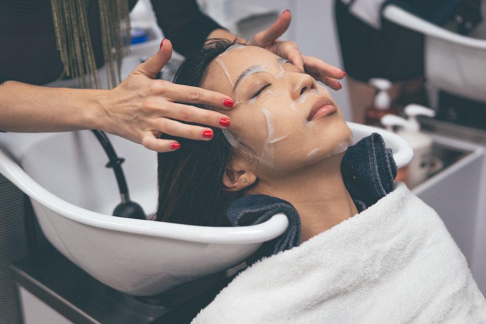 This Jenn Girl - Tampa Blogger - Salon Inga Calligraphy Hair Cut 7