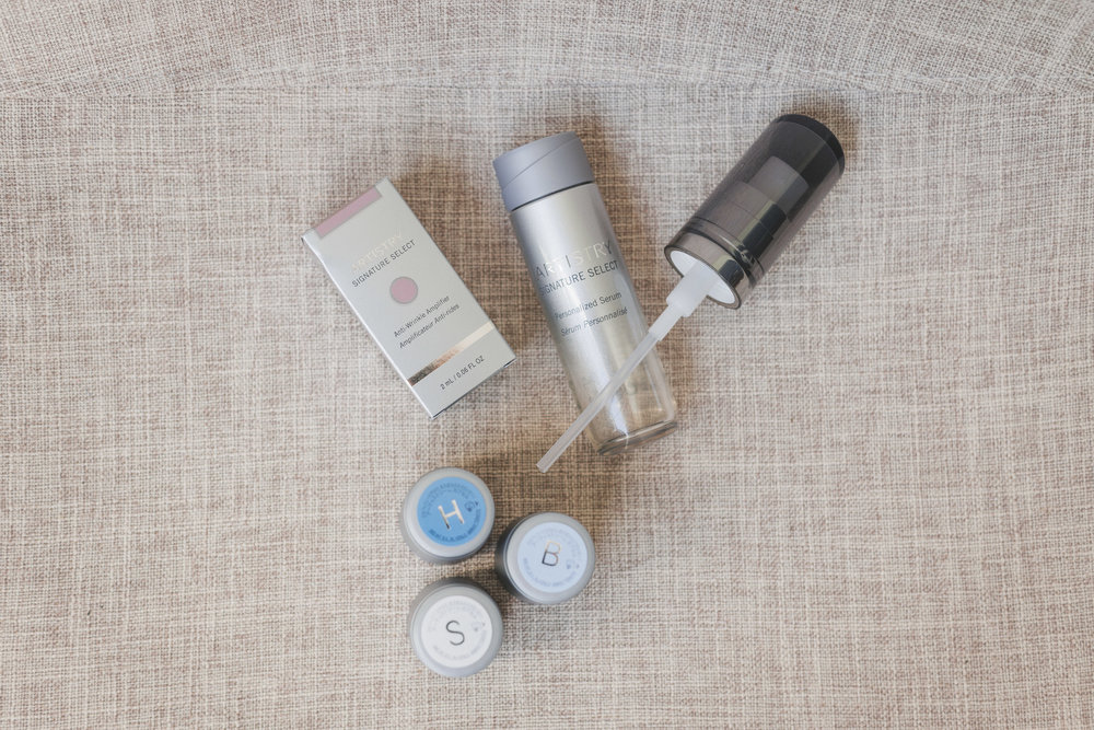 Artistry Signature Select Personalized Serum - With this new product from Artistry, you can treat your skin's top three concerns in a single serum! I've really enjoyed Artistry's line of skin care products that I've used, and personalization is icing on top of the cake! I apply my serum with Brightening, Hydration and Anti-Spot Amplifiers twice daily.