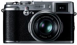 Camden Hardy reviews the Fujifilm X100 camera