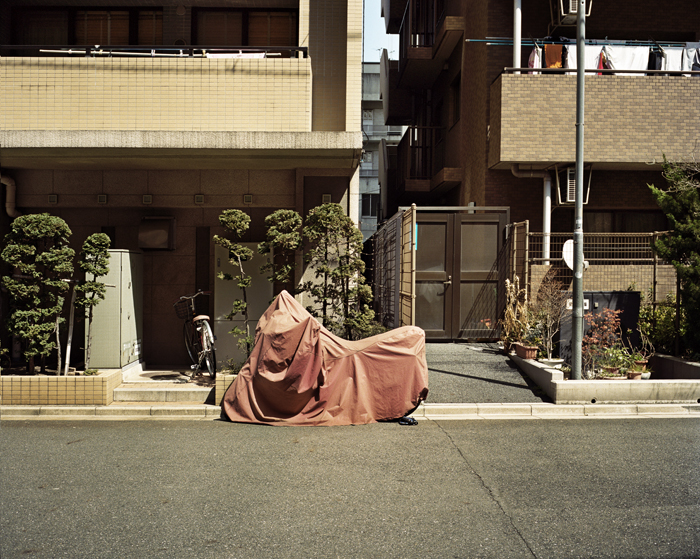Covered Moped, Tsukishima, 2009
