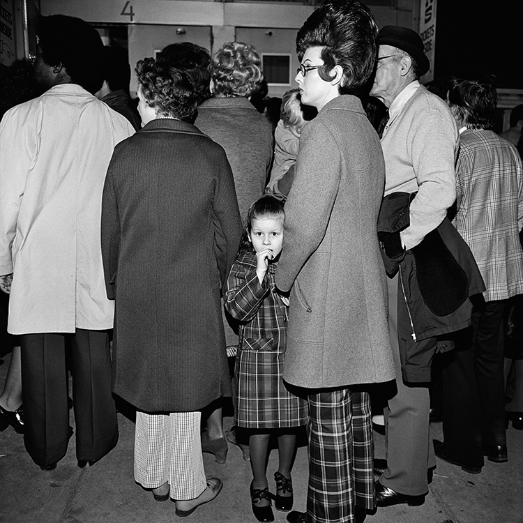 Henry Horenstein, Waiting in Line, Grand Ole Opry at Ryman Auditorium, Nashville, 1974