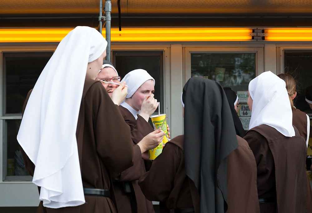 Nuns at Ted Drewes, St. Louis, MO