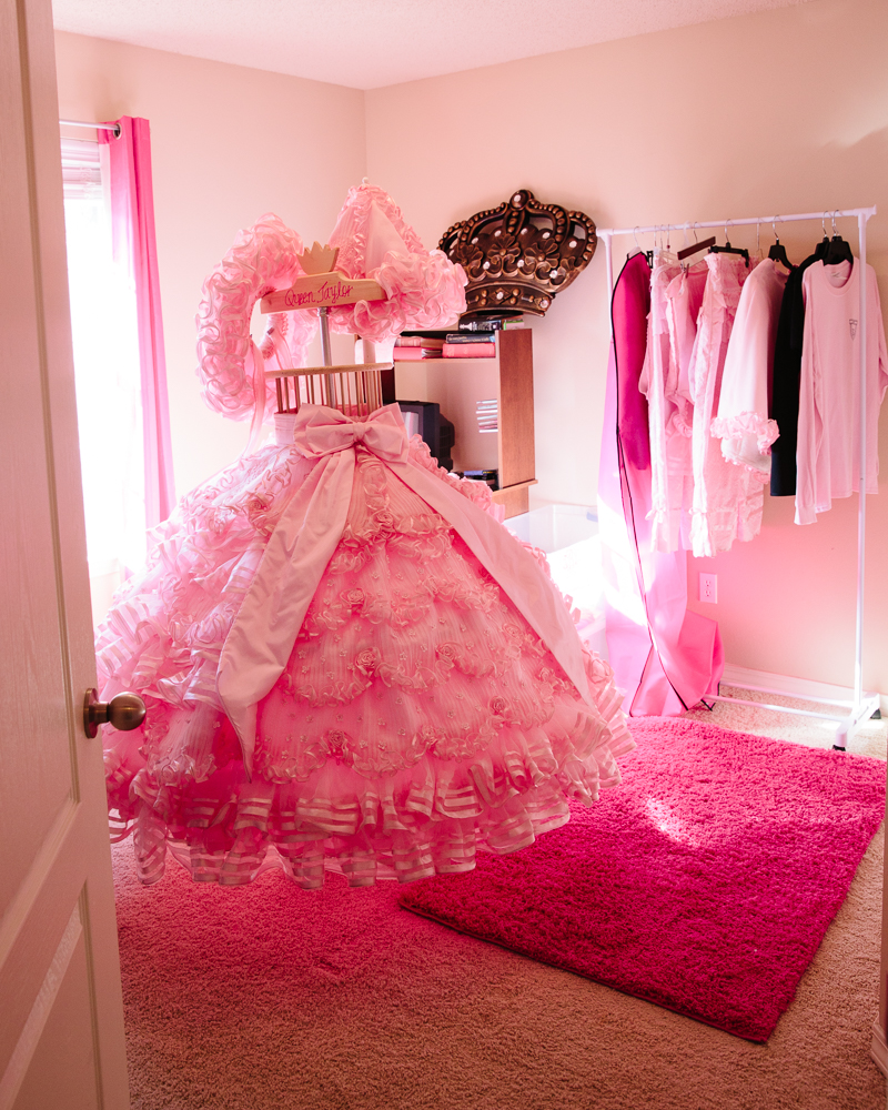 Taylor's Dress Room