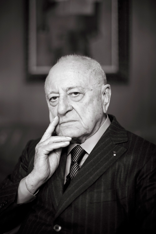 SAINT LAURENT CO-FOUNDER PIERRE BERGÉ DIES AT 86