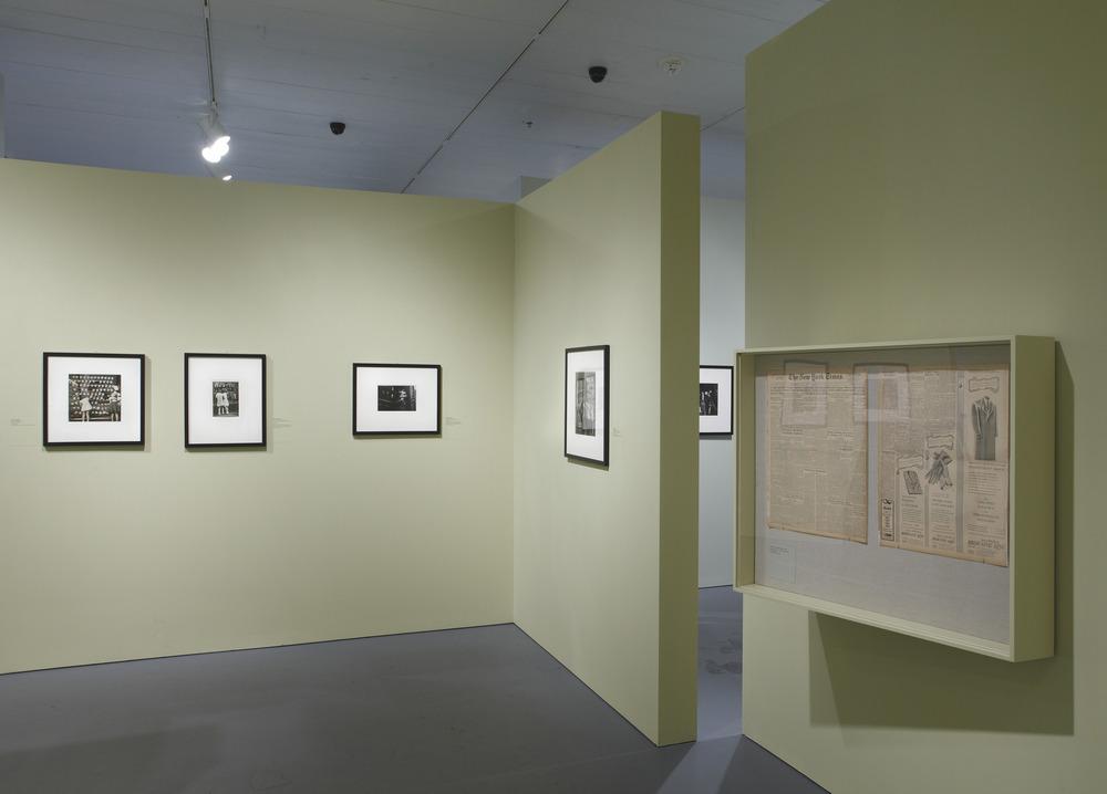 Jewish Museum Photo League Gallery Angle Vitrine