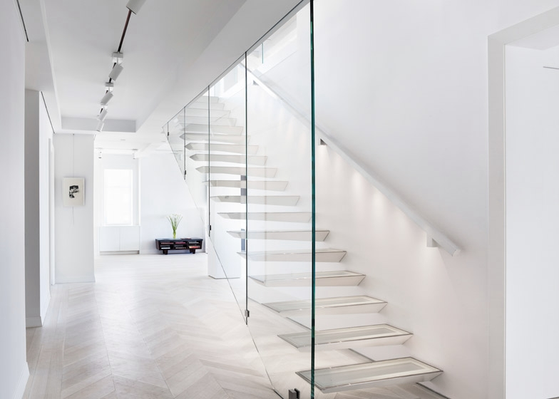 CPW-Apartment_INC-Architecture-and-Design_dezeen_468_28.jpg