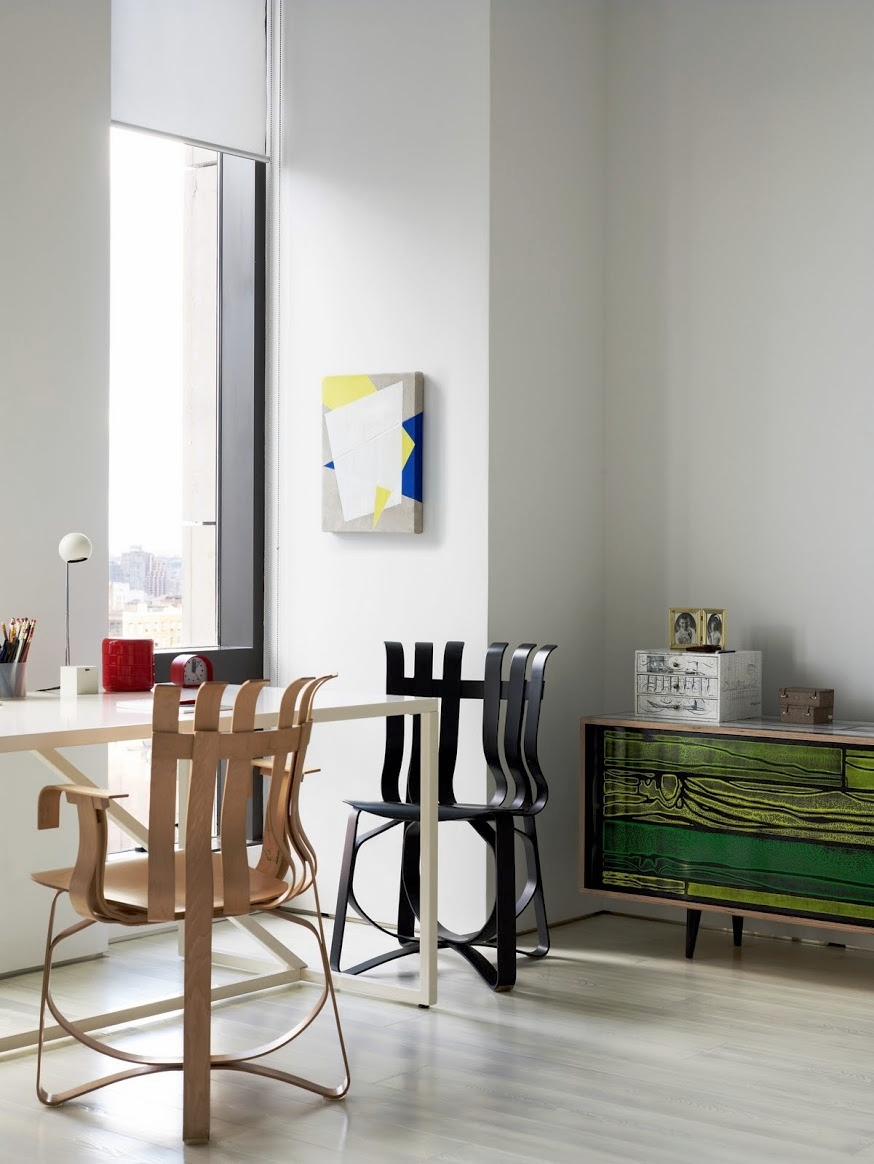 Warren Apartment Master Bedroom Desk