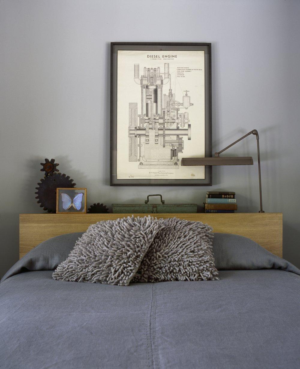 Sixteen Doors House Bed